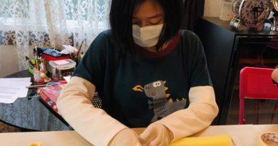 ลูก นร.ร่วมใจทำจิตอาสา ทำ Face Shield ส่งให้ โรงพยาบาลต่าง ๆ 👏